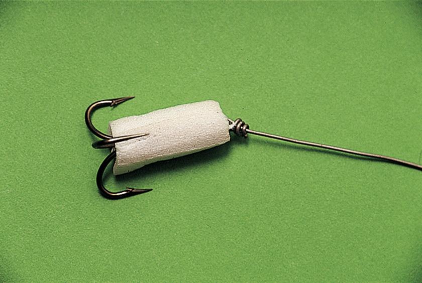 на что клюет речная рыба кроме червей